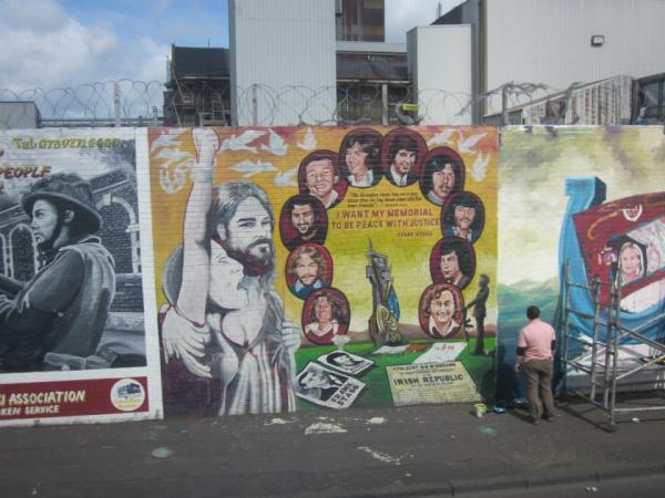 Graffiti murals in Belfast
