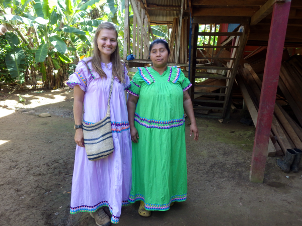 Abby and a Ngabe woman