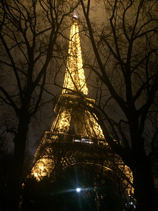 Eiffel_Tower_2.png