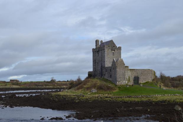 Ireland_Castle.png